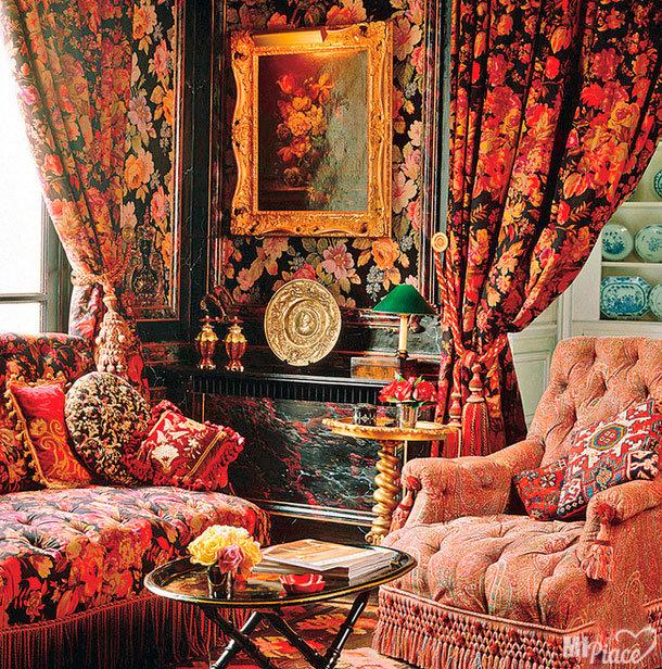 Стиль Барокко зародился в эпоху ренессанса. Это был самый ранний период стилизации текстильного декора.