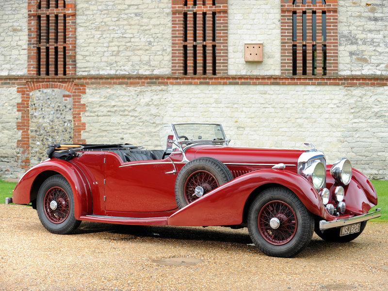 Bentley 4 ¼ Litre Tourer by James Pearce