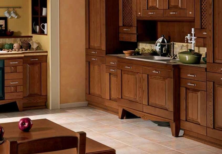 деревянная кухонная мебель из массива