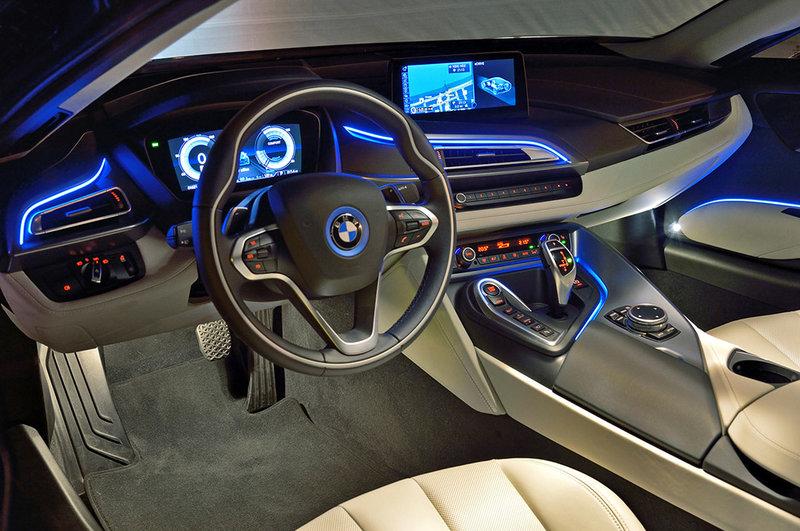 Обзор BMW i8: характеристики нового авто, цена