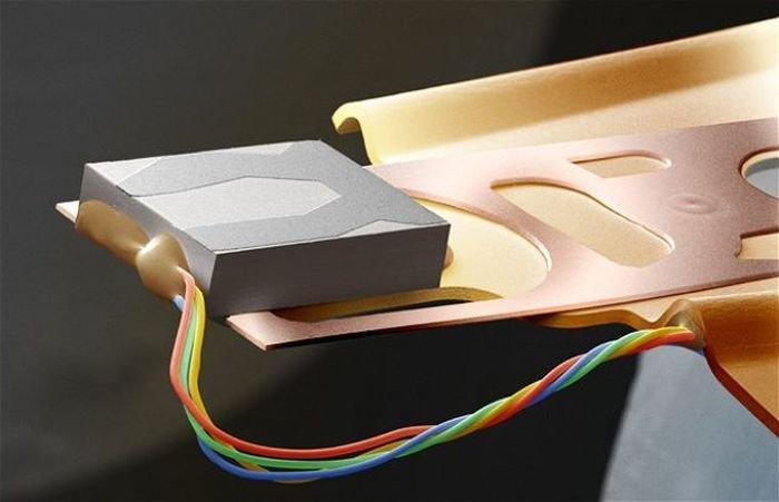Пишущая головка компьютерного хард-диска