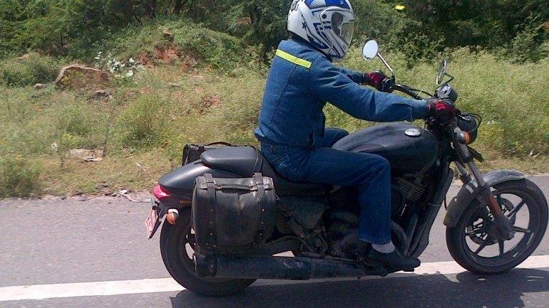 Шпионские фотографии мотоцикла Harley-Davidson 500 2014