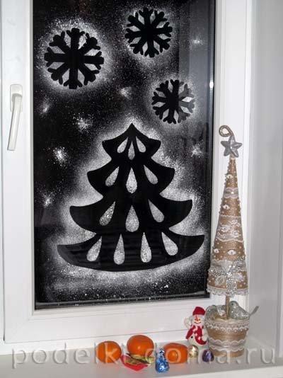 Снежные рисунки на окнах