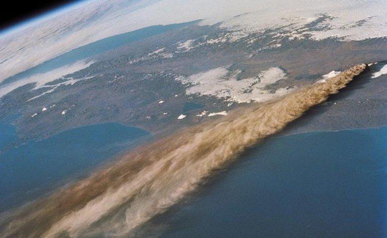 Вулкан Ключевской, вид из космоса