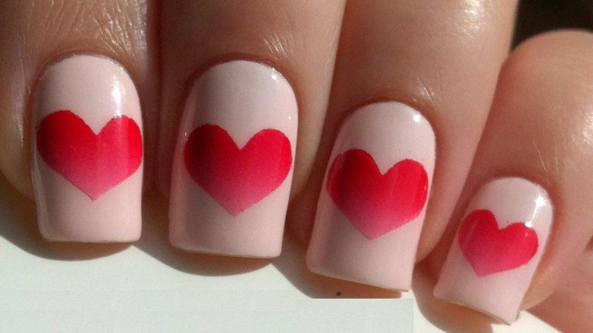 одежды заключены рисунок сердечко на ногтях фото хвост