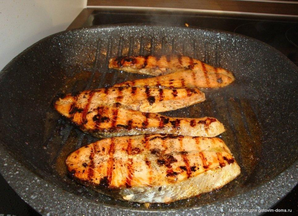 как пожарить стейк из рыбы на сковороде