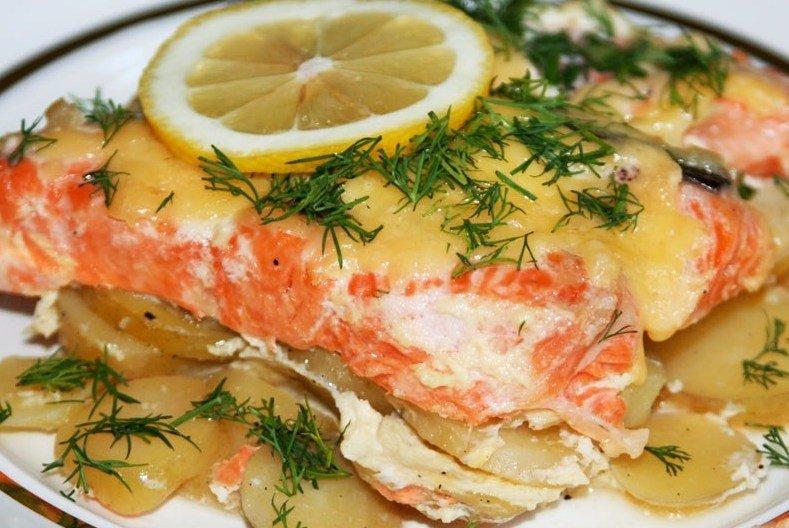 рецепт красной рыбы в сметане в духовке