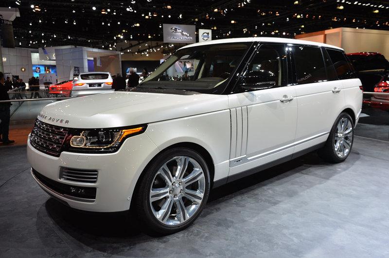 Land Rover Range Rover на выставке