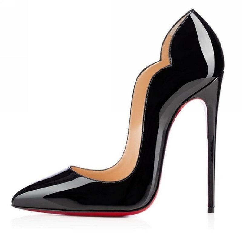 Чёрные женские туфли-лодочки на высоком каблуке от Christian Louboutin