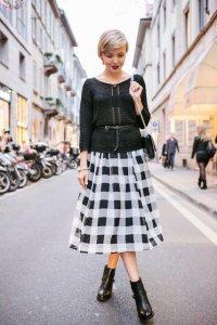 Элегантная юбка со складками в стиле кэжуал.