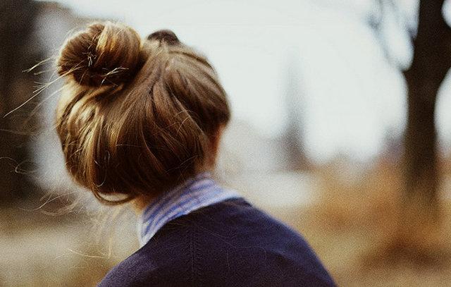 Пучок волос на голове