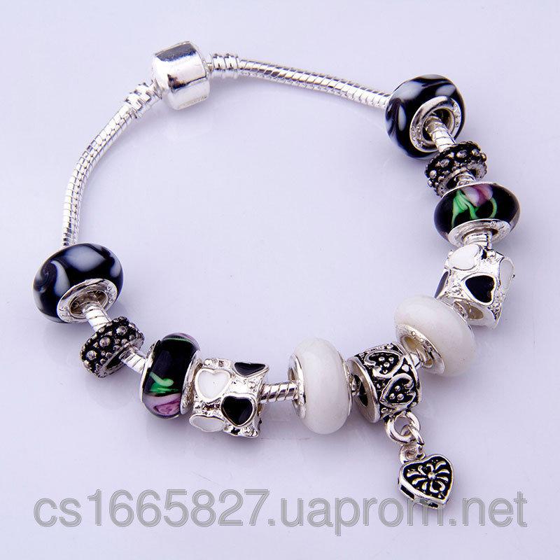 Женский серебряный браслет Pandora (Пандора) с подвесками муранского стекла и сердечком  50622928 251,60 грн. 1212251 Браслеты