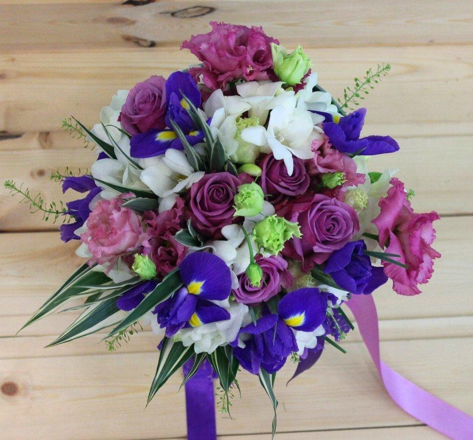 Букет, букет невесты только роз и ирисов