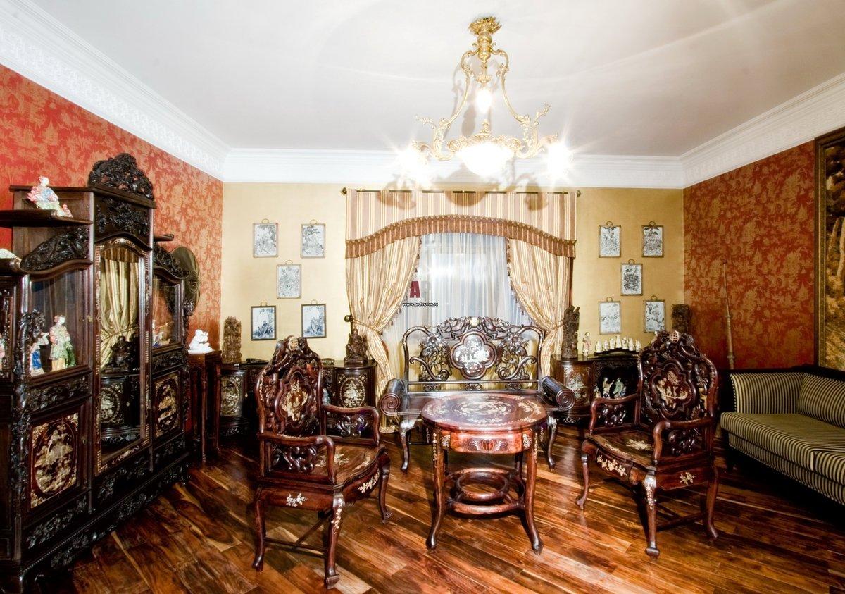 двухэтажный загородный фото квартир с антикварной мебелью благодаря необычной