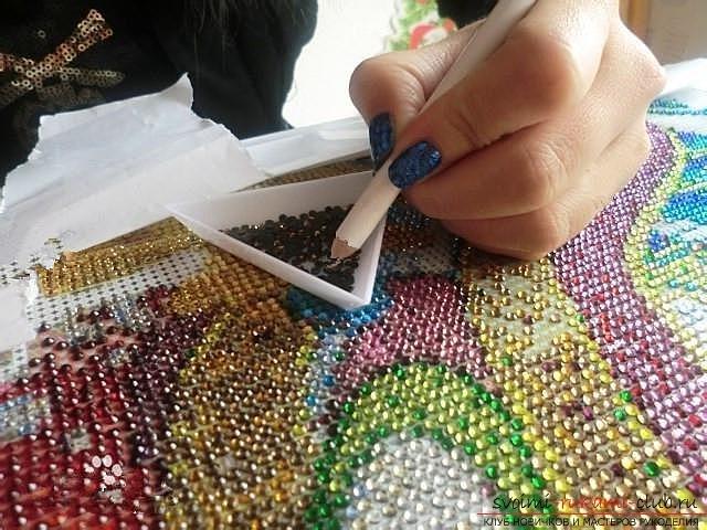 Видео как делают алмазную вышивку