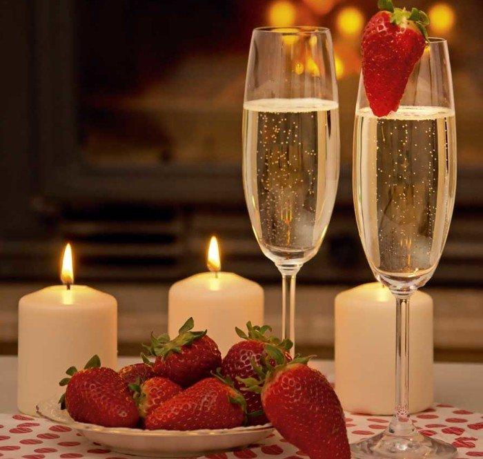 Шампанское с клубникой картинки, галю открыткой днем
