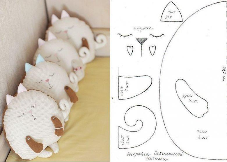 в форме выкройки подушка игрушки