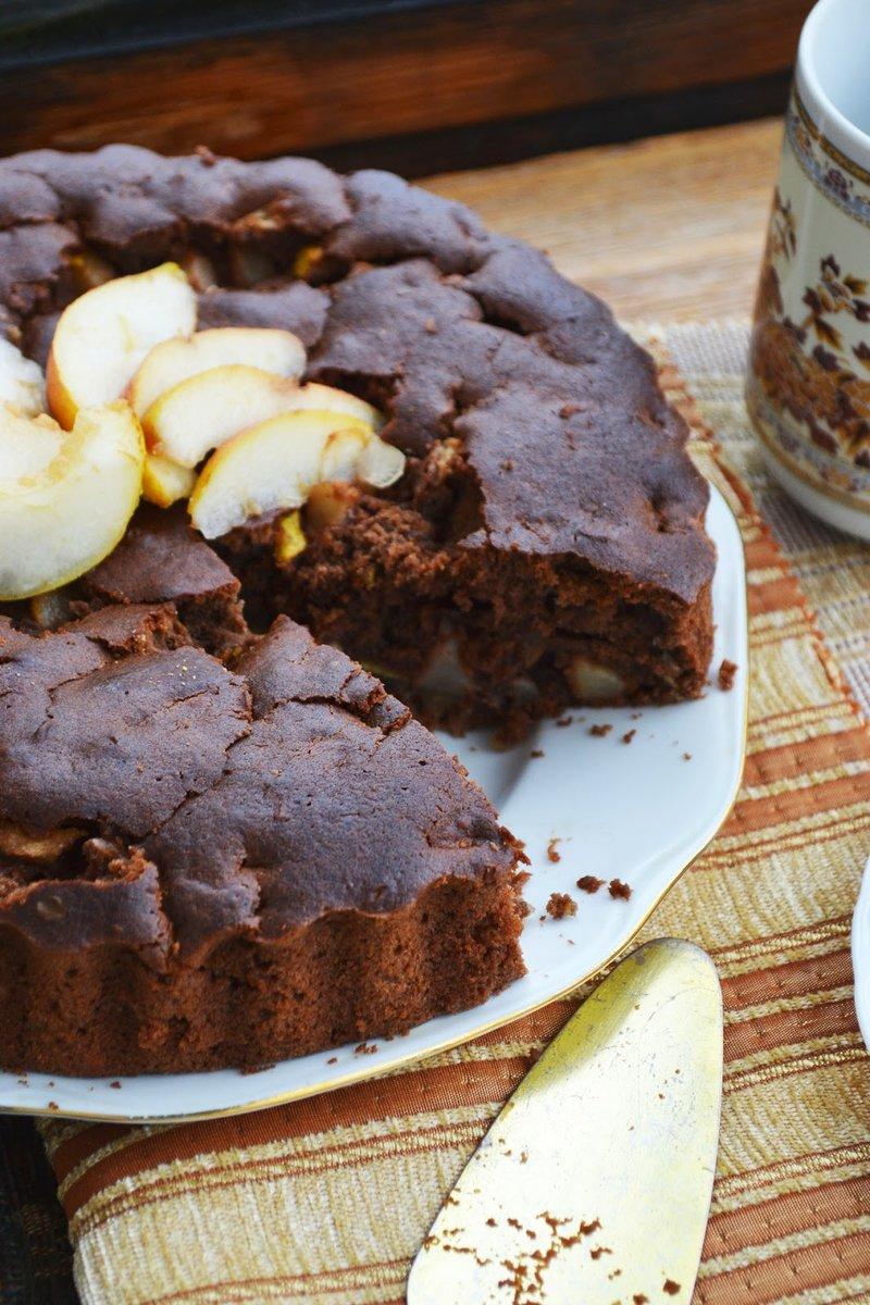 Большая порция Вашего удовольствия: Грушевый пирог с шоколадом!))