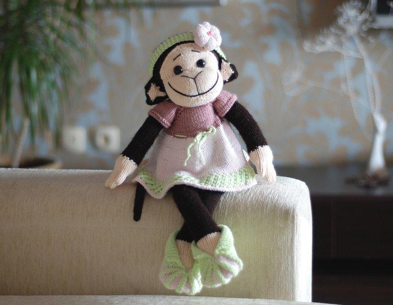 Denizas Toys Joys: Pembe elbiseli maymun / Мартышка в розовом платье