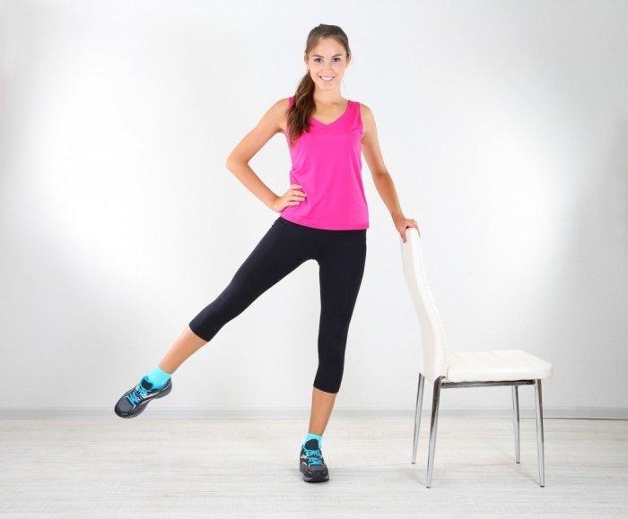 Домашняя зарядка для похудения. Как похудеть с помощью зарядки дома. В статье описаны комплексы упражнений для похудения, которые доступны всем домохозяйкам.