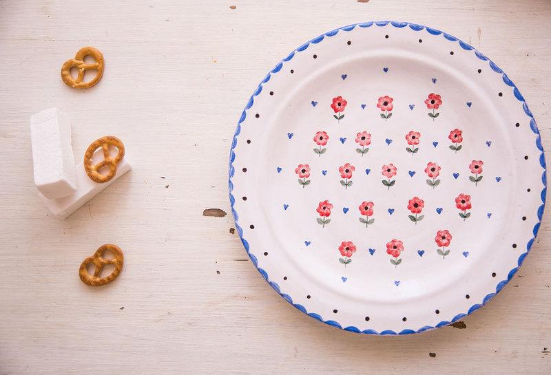 Французский стиль... Тарелка пищевая, керамика.