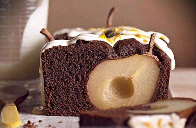 Решил испечь шоколадный пирог с грушей - ЯПлакалъ