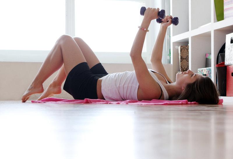 Утренняя зарядка для похудения, эффективные утренние комплексы упражнений — Evehealth