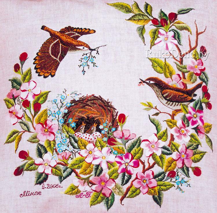 вышивка гладью весеннего сада и птичек