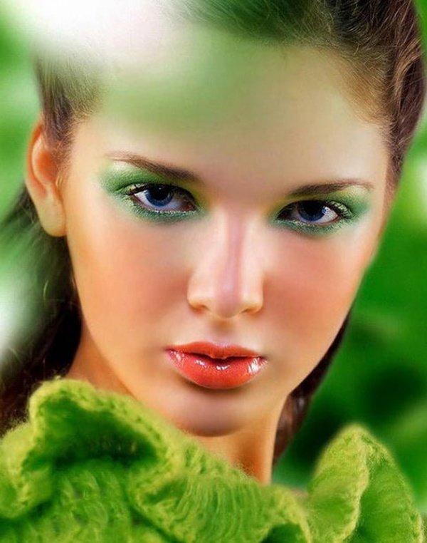 зеленые глаза ведунов фото стол можно обработать