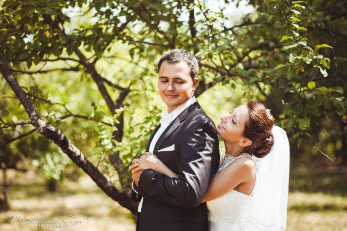 Фотография жениха с невестой