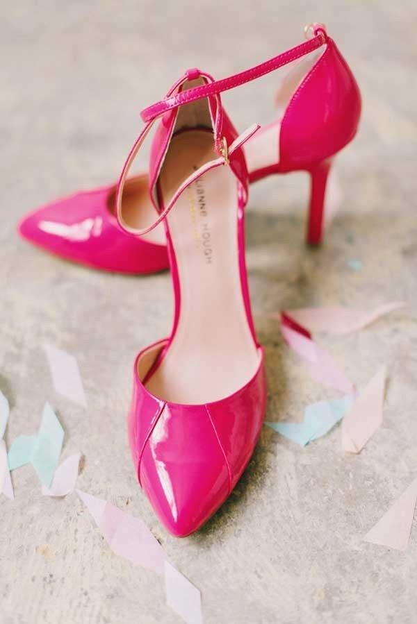 Яркие туфельки для невесты