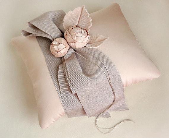Индивидуальные подушки Садового кольца в розовый и темно-серый