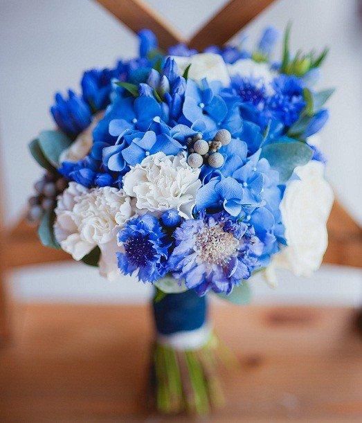 Как сделать шикарный синий свадебный букет невесты?