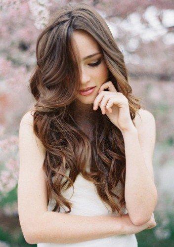 Колорирование добавит твоим волосам дополнительного объема
