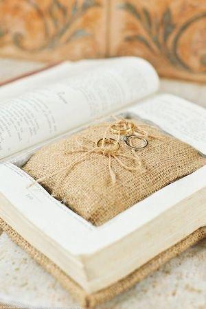 Подушечки для колец на свадьбу   Блог о свадьбах   Все для Вашей свадьбы