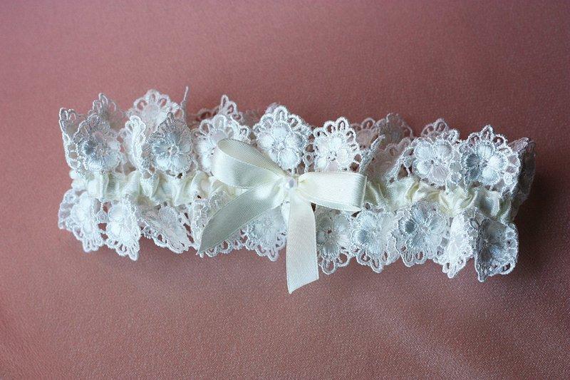 Подвязка невесты «Ришелье» | Wedding Finery