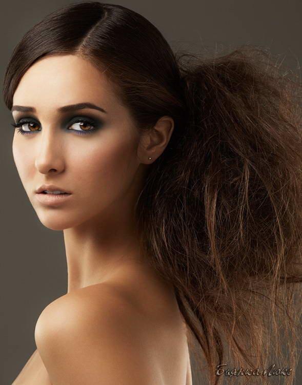 Стрижки и прически на длинные волосы 133