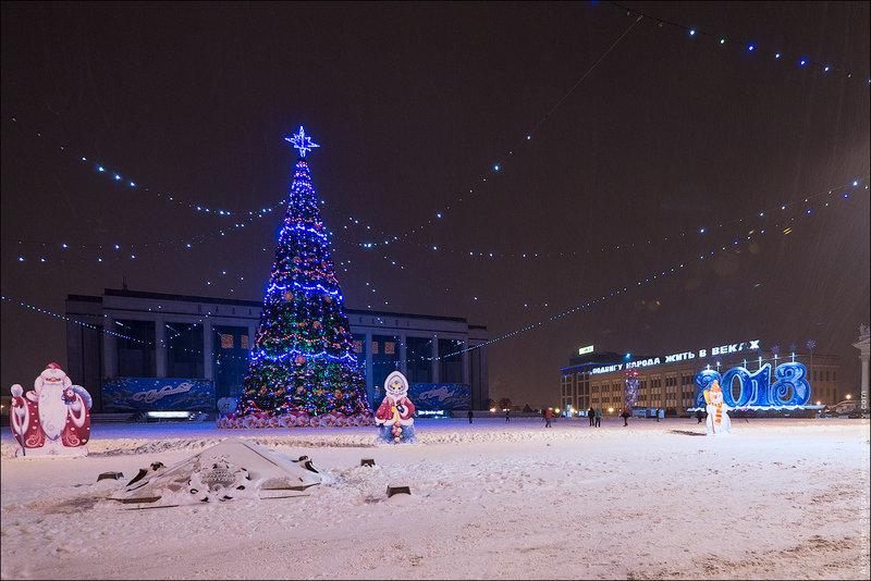 Минск ночью. Новый год на улицах Минска