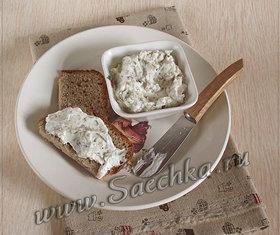 Пряный сыр из йогурта
