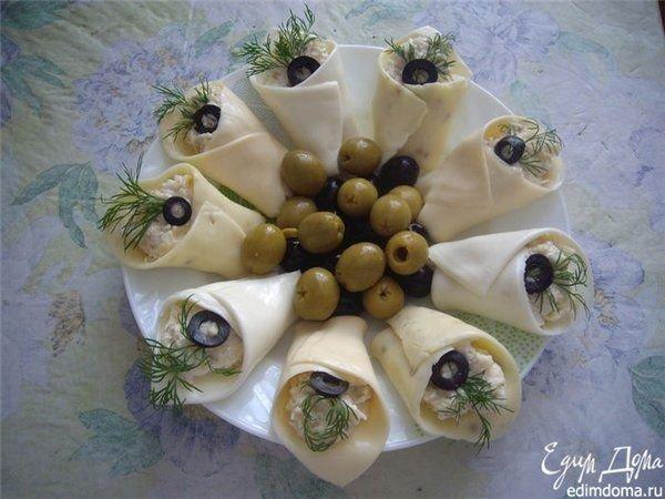 закуски к праздничному столу фото каллы с семгой