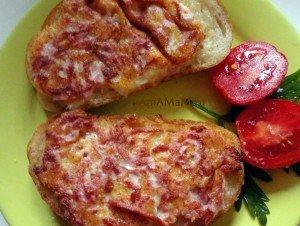 Жареные бутерброды с картофелем и подмороженной сосиской