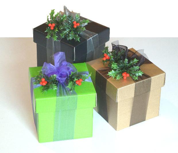 Чем можно украсить коробку на новый год