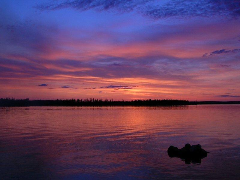 Ладожское озеро на закате
