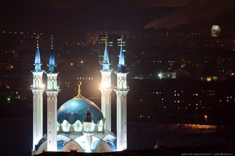 Мечеть Кул-Шариф. Главный мусульманский храм Казани и Татарстана. Открыта в 2005, к 1 000-летнему юбилею Казани