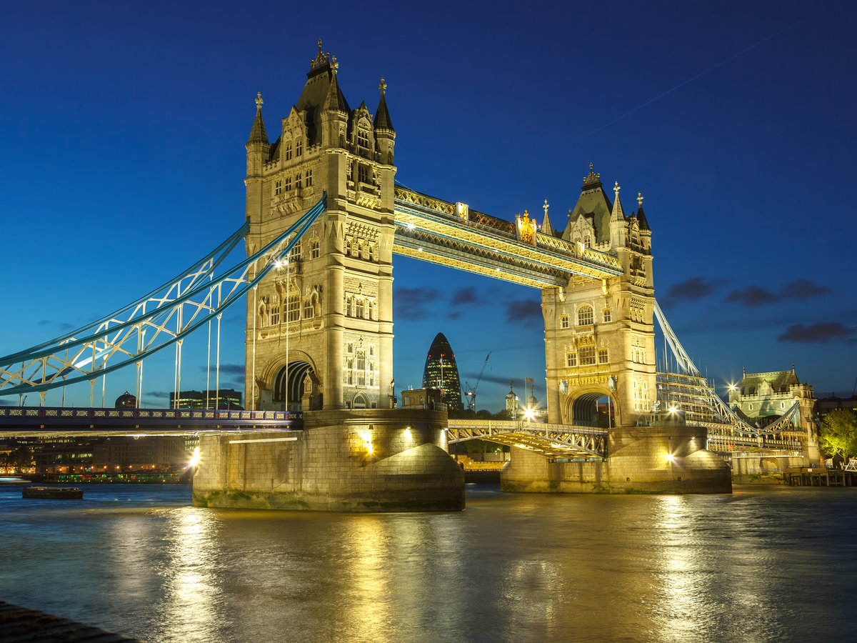 london attraction Read our guide to the best attractions in london, as recommended by telegraph travel plan your trip with our expert reviews of the best things to see and do.