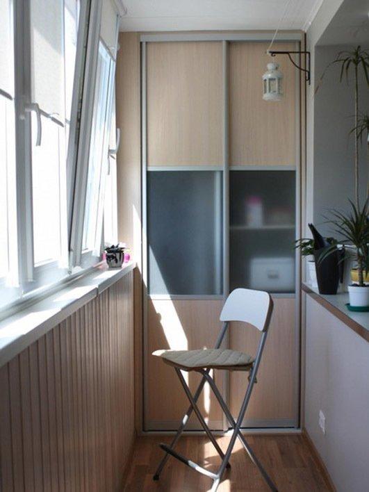 Лоджия - это существенное дополнение к комнате и возможность.