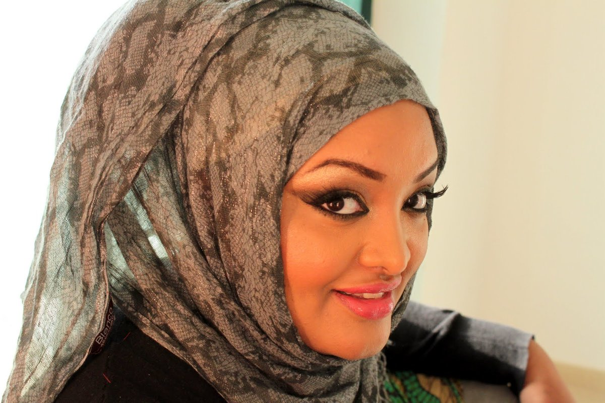 Знакомства с девушки араб