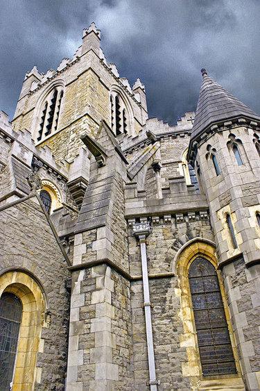 романский кафедральный собор