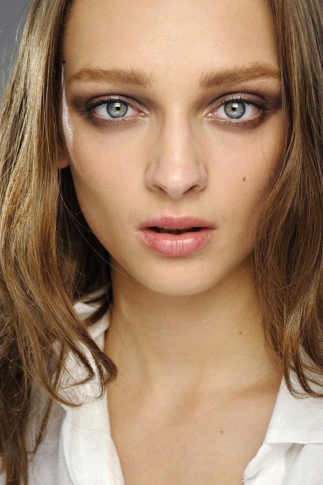 главная серо зеленые глаза фото женские его