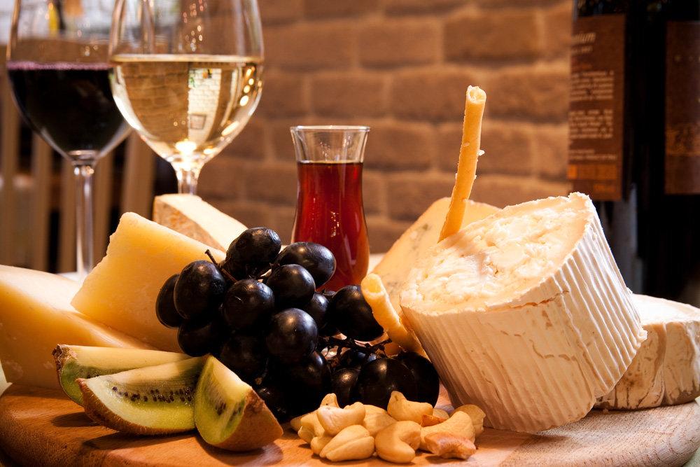 Французская диета на вине и сыре